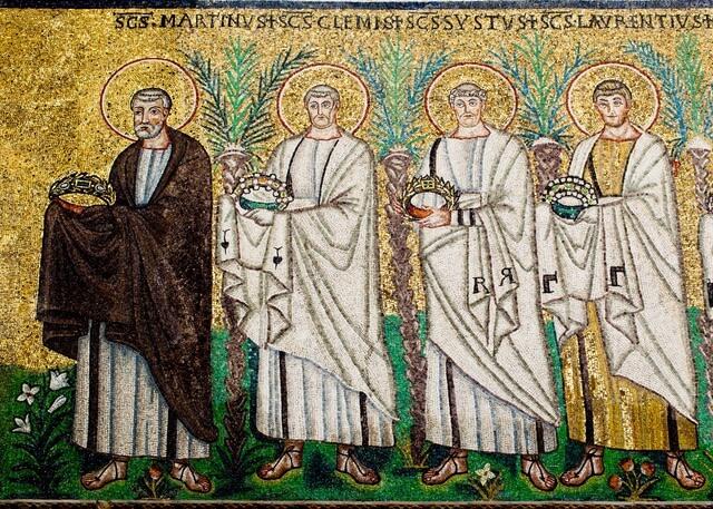 Processione dei Santi