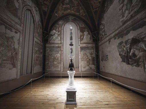 Cariatidi, opere di Luca Freschi