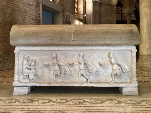 Sarcofago di Isacio